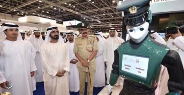 dubai-robot-police-robocop-gitex-2015-twitter