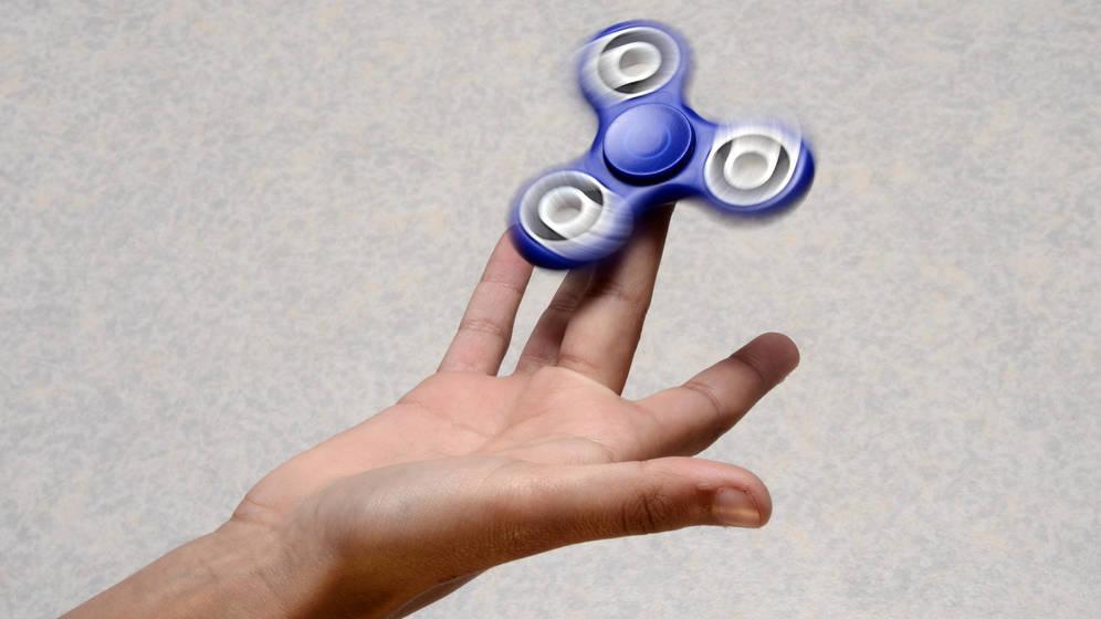 fidget-spinner-el-juguete-rey-del-recreo-que-preocupa-a-padres-y-profesores
